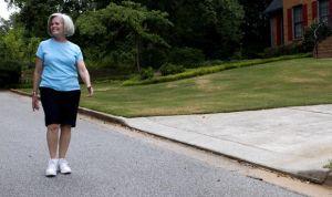 Los mayores que combinan 5 hábitos saludables van la mitad al médico