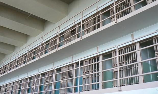 Los médicos de Prisiones piden un incentivo económico de 1.500 euros al mes