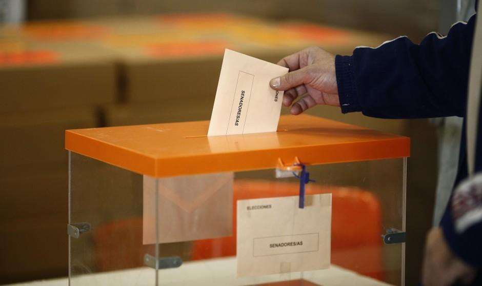 Los médicos de Valladolid preparan las urnas