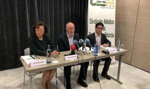 """Los médicos denuncian la falta 250 especialistas """"de reposición"""" en Murcia"""