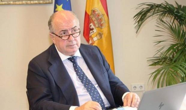 Los médicos españoles llevan a Europa el 'decretazo' contra la profesión