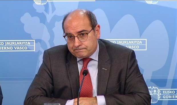 Los médicos extranjeros no homologados ya miran al País Vasco