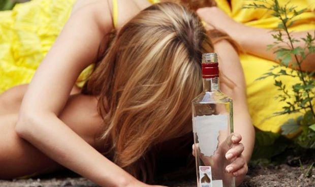 Los menores espa�oles prueban antes el alcohol que el tabaco