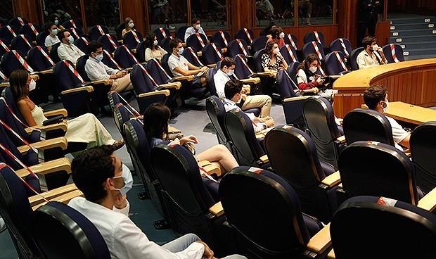 Los MIR se organizan para exigir una elección de plazas presencial