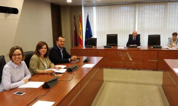 Murcia impulsa su plan de renovación de equipamiento de radioterapia