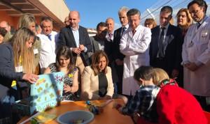 Susana Díaz apuesta por humanizar la sanidad pública andaluza