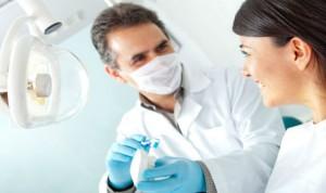 Los odontólogos piden un ley que combata la publicidad sanitaria engañosa