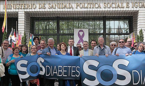"""Pacientes con diabetes: """"Hemos pedido una reunión a Montserrat 30 veces"""""""