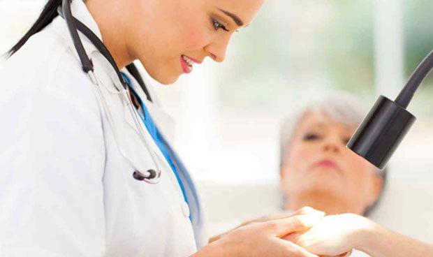 Los pacientes de cáncer de piel, susceptibles de desarrollar más carcinomas