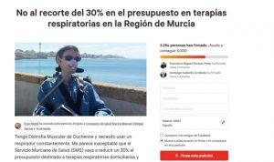 Los pacientes recogen firmas contra el concurso de oxigenoterapia de Murcia