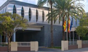Los pediatras de Valencia organizan un curso para padres de adolescentes