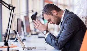 Los primeros signos de riesgo de suicidio se manifiestan en el trabajo