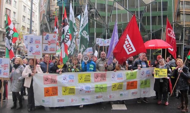 Los sindicatos convocan huelgas para que Osakidetza les pague los atrasos