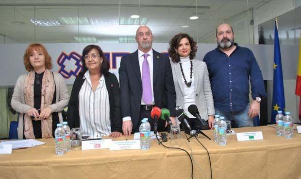 Los sindicatos de la Mesa de Sanidad piden apoyo al PSOE para la carrera