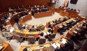 Los sindicatos negocian con la oposición recuperar 1.483 plazas en la OPE