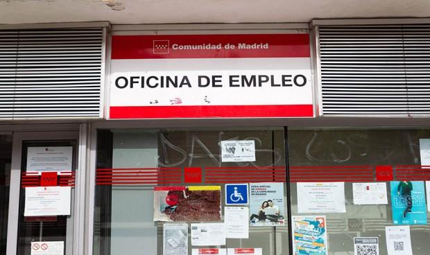 Los sueldos en sanidad crecieron 400 euros en el segundo trimestre del año