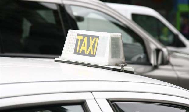 Los taxistas 'dan el salto' a la atención sanitaria para competir con Uber