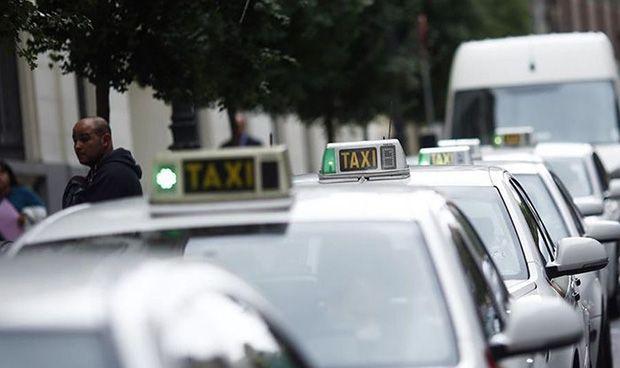 Los taxistas piden optar en igualdad al transporte sanitario asistencial