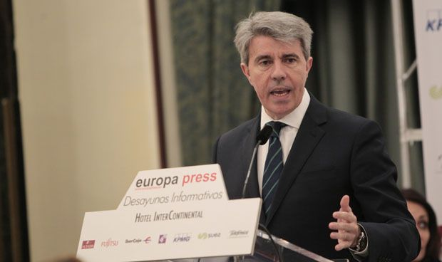 Madrid concreta su cuarta rebaja en el precio del grado de Medicina
