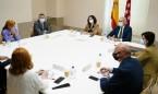 Madrid iguala salarios de AP y hospital; Enfermería prescribirá en octubre