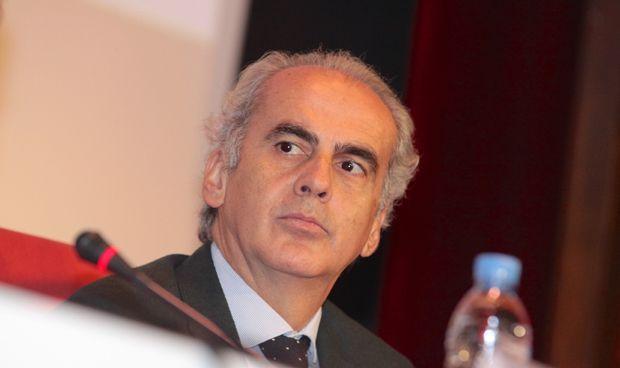 Madrid limita el número de sanitarios eméritos que puede nombrar en 2018