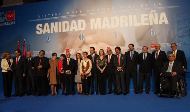 """Madrid reconoce a González Jurado por """"una vida dedicada a la Enfermería"""""""