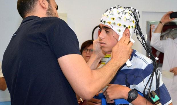Madrid presenta un pionero exoesqueleto para niños con parálisis cerebral