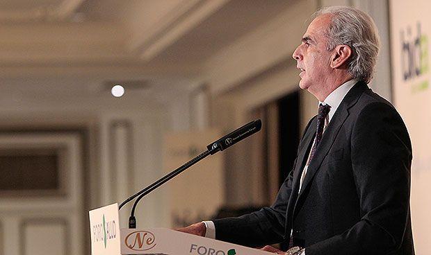 Madrid promete a sus sanitarios más empleo, más salario y mejor movilidad
