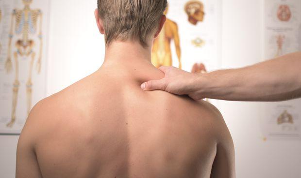 Manises alerta del aumento de los problemas de espalda entre jóvenes