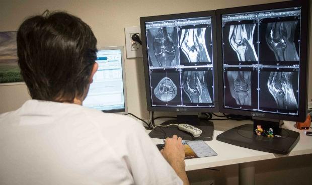 Manises, pionero en nuevas tecnologías para mejorar las prótesis de rodilla