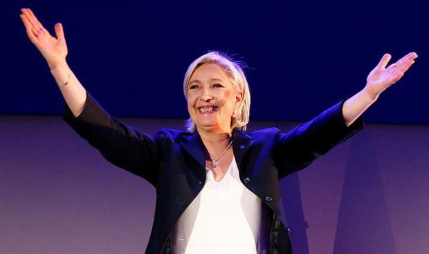 Marine Le Pen se pone del lado de los antivacunas