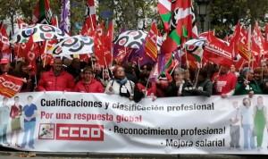 """Más de 3.000 profesionales frente al Ministerio: """"Sanidad tiene la llave"""""""