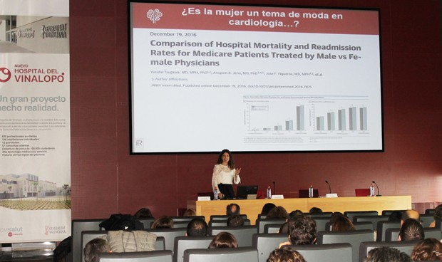 Más de 50 cardiólogos debaten sobre el corazón de la mujer