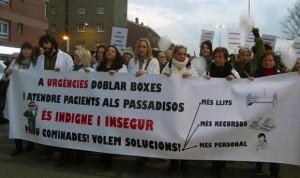 Más de mil personas piden la dimisión de Comín por el colapso sanitario
