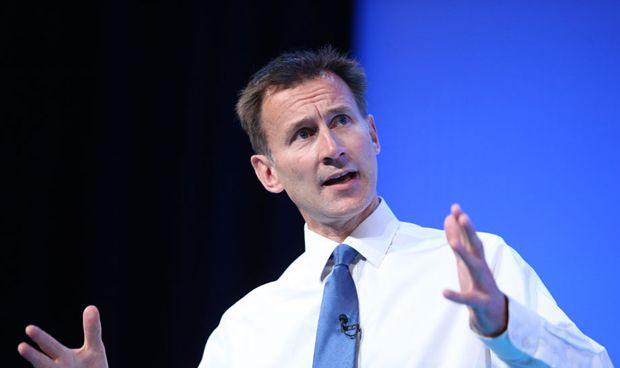 May nombra ministro de Exteriores a Jeremy Hunt, hasta ahora de Sanidad