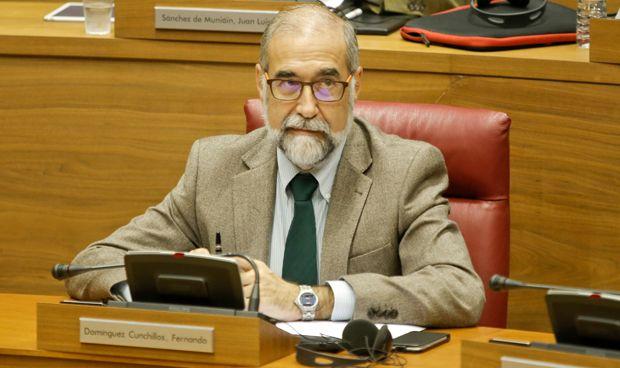 """Medicina en la UPNA: Domínguez ve """"factibles"""" las prácticas en el SNS"""