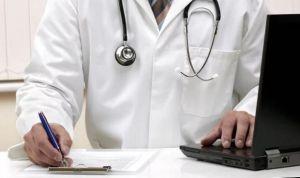 Medicina es la profesión que más se acerca al objetivo del 'paro cero'