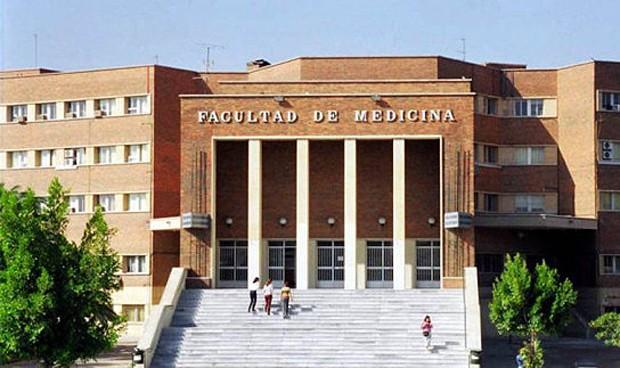 Medicina repite como el grado con la nota de corte más alta en Murcia