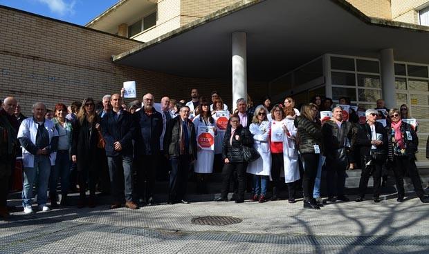 Médico apuñalado en Zaragoza: exigen vigilantes en cada centro de salud