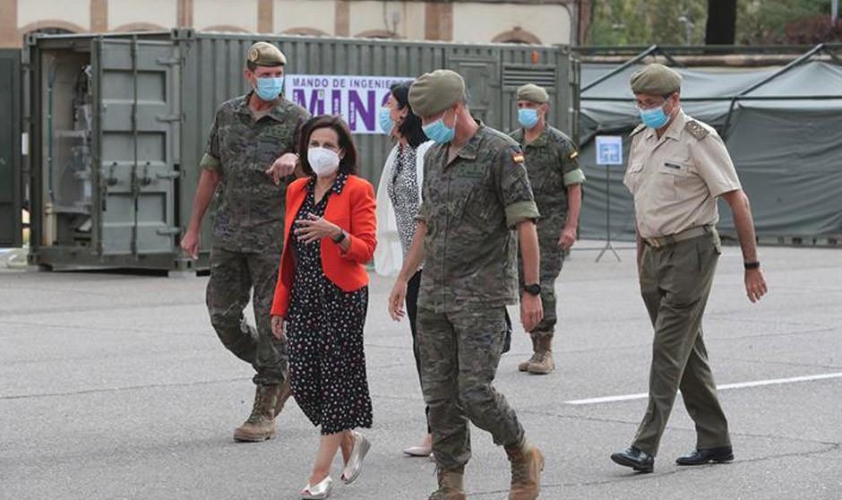 El Gobierno da acceso directo al Ejército a médicos de 18 nacionalidades