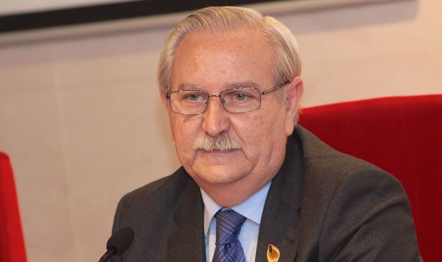 Médicos y abogados quieren presidir a las profesiones colegiadas de España