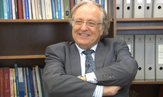 Melchor Álvarez de Mon, medalla de Plata de la Universidad de Alcalá