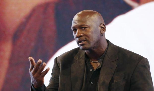 Michael Jordan se marca 'un Amancio Ortega': 6 millones para dos hospitales
