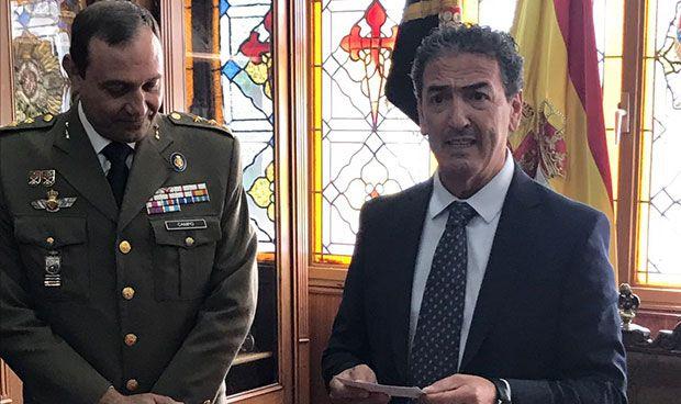 Miguel Ángel Ortiz, artillero honorario del Ejército