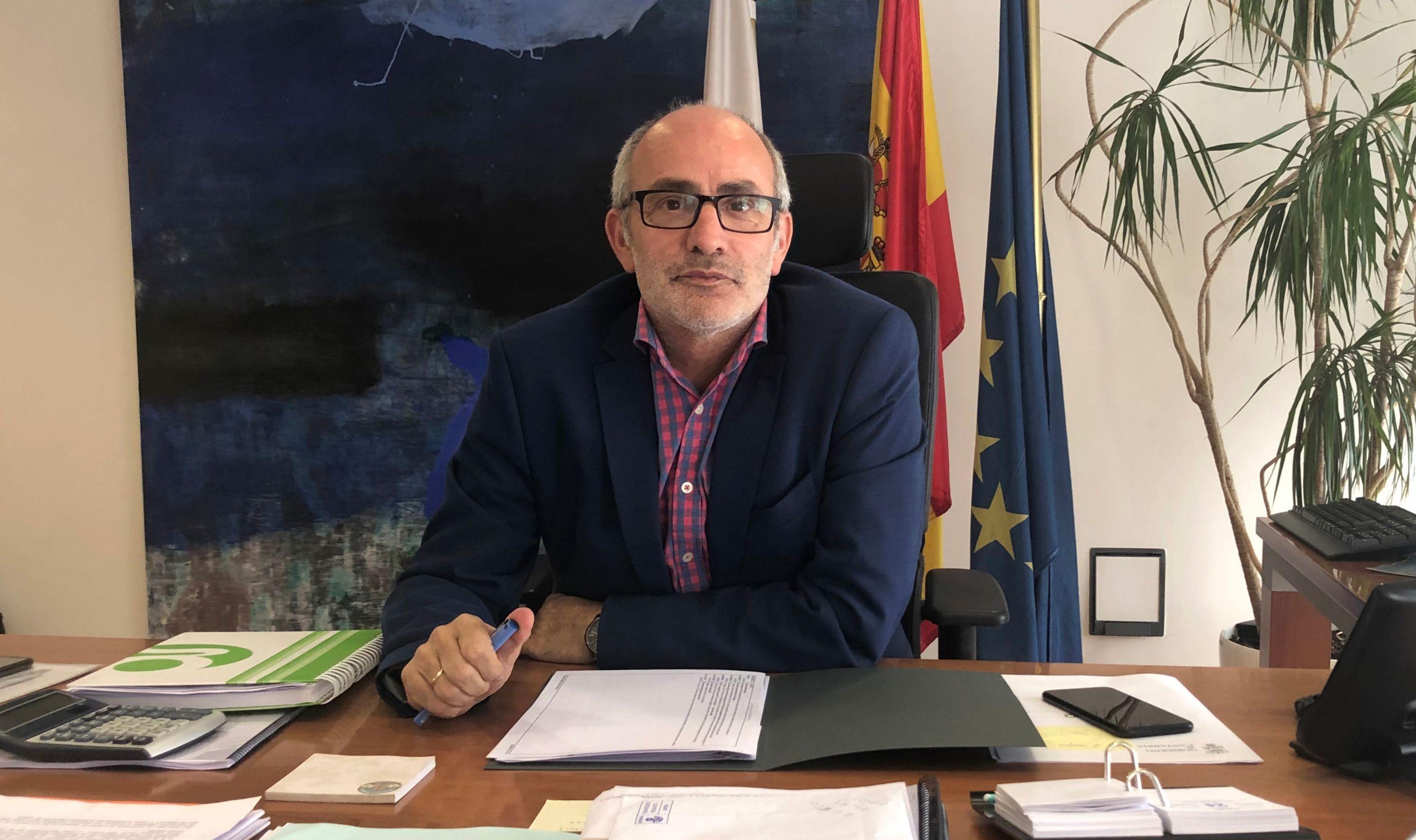 Miguel Rodríguez no se toma las vacaciones