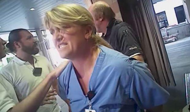 Millonaria indemnización a la enfermera detenida por proteger a su paciente