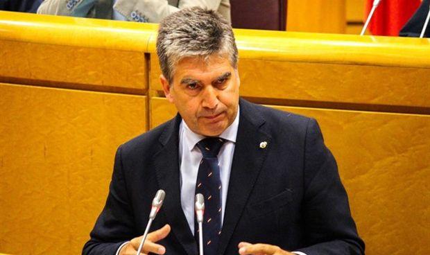 Moción en el Senado para crear un plan nacional de biosimilares y genéricos