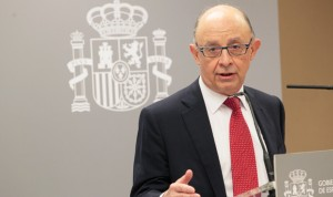 Moncloa libera 3.080 millones del FLA para pagar a proveedores sanitarios