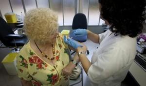 Montón desoye a Enfermería y sigue obligando a vacunar sin prescripción