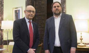 Montoro y Junqueras chocan por la nómina de los sanitarios catalanes